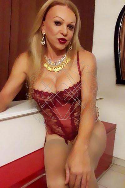 Claudia LECCE 3714107015